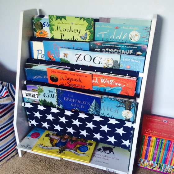 Review: Sling Bookcase: Great Little Trading