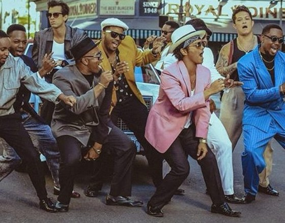 bruno-mars-uptown-funk-video-2